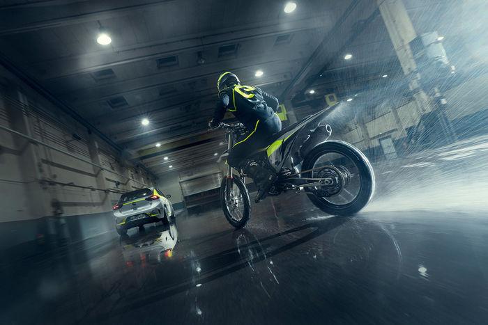 UPFRONT PHOTO & FILM GMBH: Frederic Schlosser for Opel