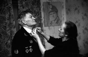 Galerie Clara Maria Sels : Alexander Chekmenev - Don Bass