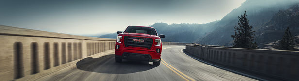 SEVERIN WENDELER: TRANSPORTATION SPECIAL // GMC Sierra 2020 - Photography by Patrick Curtet c/o Severin Wendeler