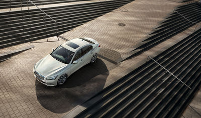 ANKE LUCKMANN : Infiniti Q50 and Sebastian Vettel for infiniti magazine