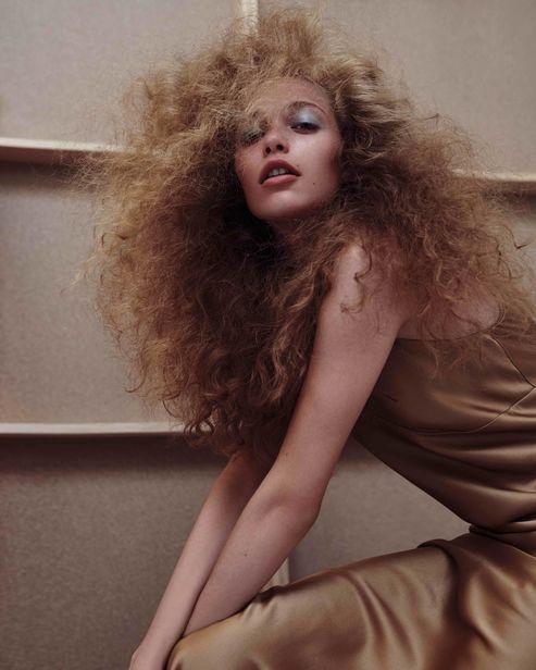 LIGANORD ARTISTS PEGGY KURKA HAIR MAKE-UP & BIRGIT SCHLOTTERBECK STYLING - VOGUE GERMANY