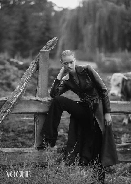 ICONIC : Berlin Based Cosima Fritz for Vogue Czechoslovakia December 2020
