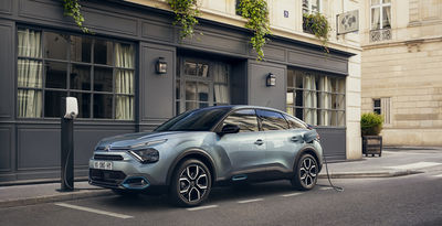 Citroën C4 & ë-C4 - 100% ëlectric Photographed by William Crozes @ContiArt & Directed by Julien Rocher