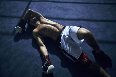 HILLE PHOTOGRAPHERS: GARY ENGEL