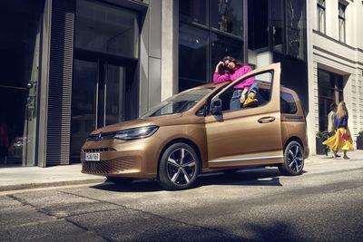 SEVERIN WENDELER: VW Caddy - Photography by HE&ME c/o Severin Wendeler