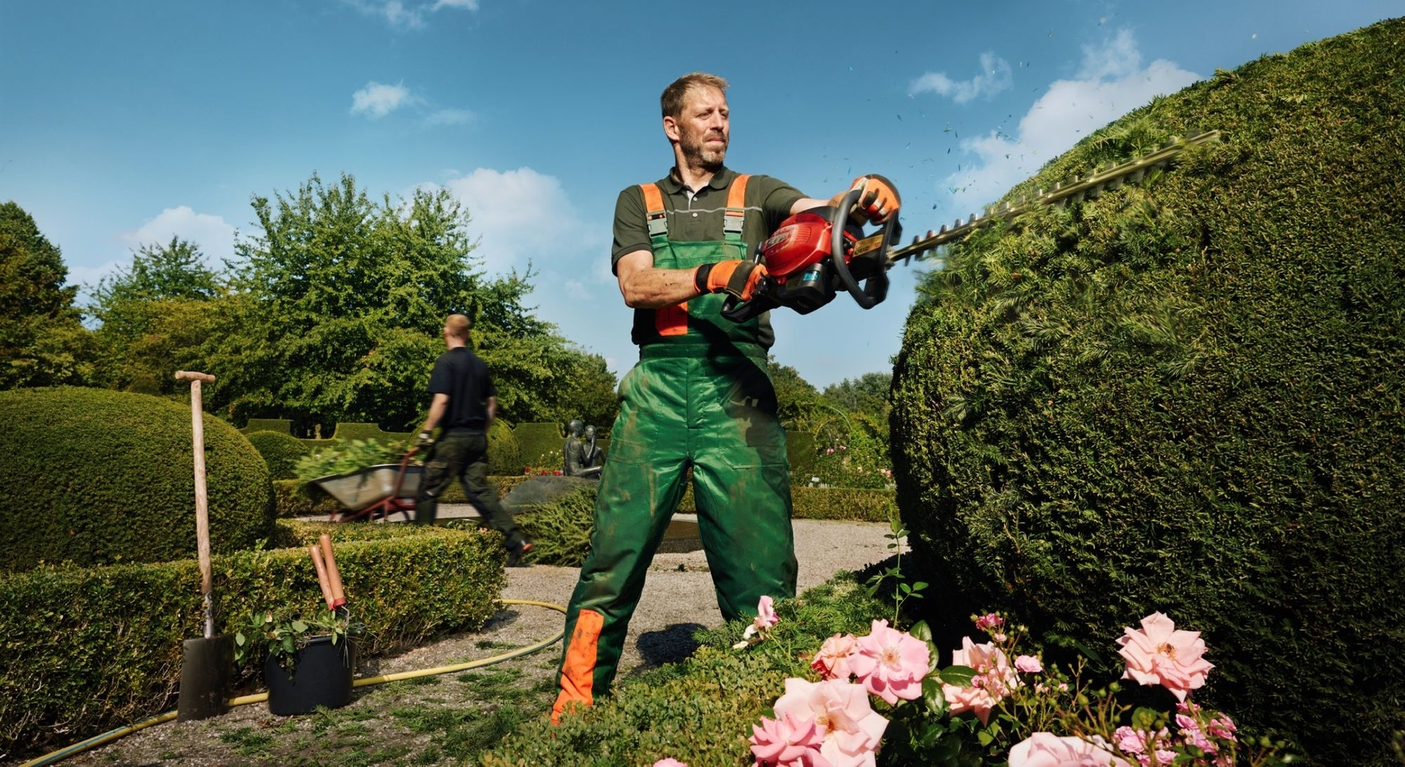 CLAAS CROPP CREATIVE PRODUCTIONS // Hornbach