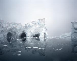 ALFRED-ERHARDT-STIFTUNG : Olaf Otto BECKER *northbound – Greenland 2003-2006* Ilulissat  Icefjord 3, 69° 11' 59'' N, 51° 14' 02'' W,  Juli 2003