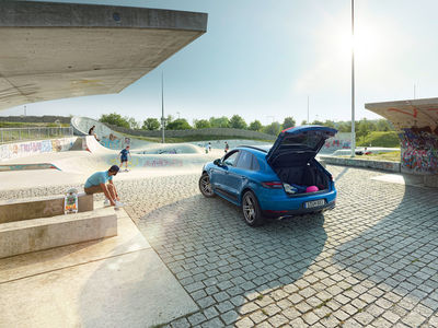 Porsche Sommer Equipment by Stephan Romer