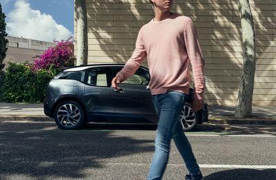 ANATOL GOTTFRIED - BMW i3 in Barcelona