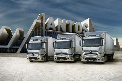 IMAGE NATION S.L. for MERCEDES BENZ ANTOS