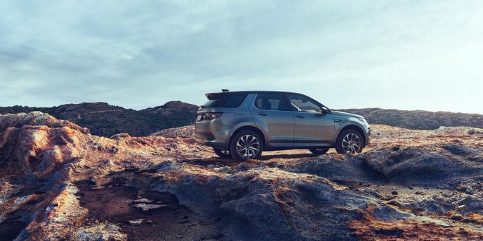 Land Rover Discovery Sport by Michael Hanisch c/o KLEIN PHOTOGRAPHEN
