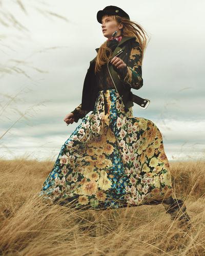 JANA KAPOUNOVA