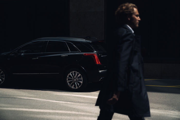 UPFRONT PHOTO & FILM GMBH: Frederic Schlosser for Cadillac