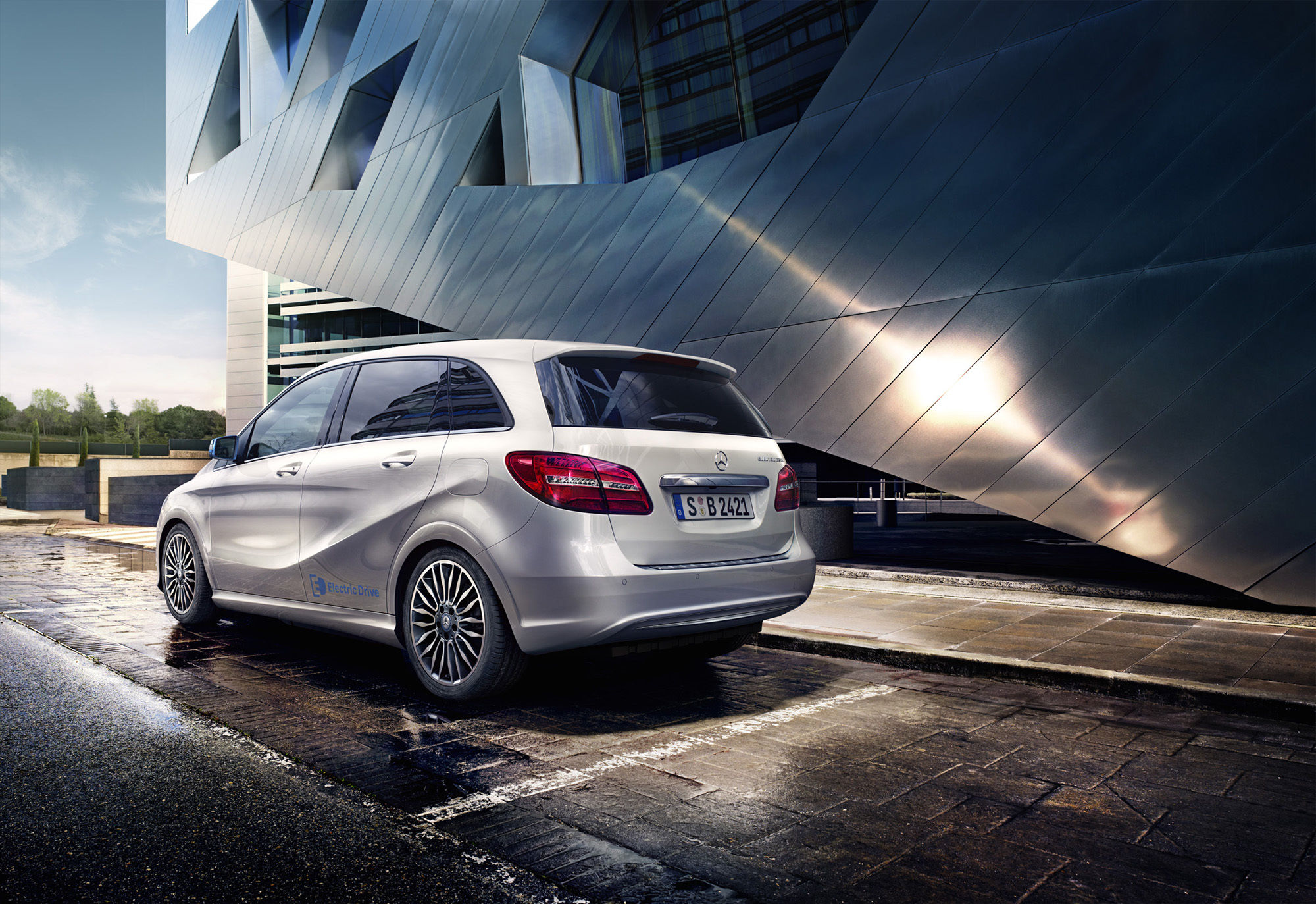 SONDA PRODUCTIONS for MERCEDES BENZ B KLASSE