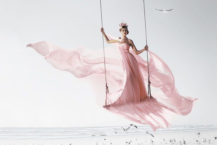 ASTRID M. OBERT Photography presenting SWING