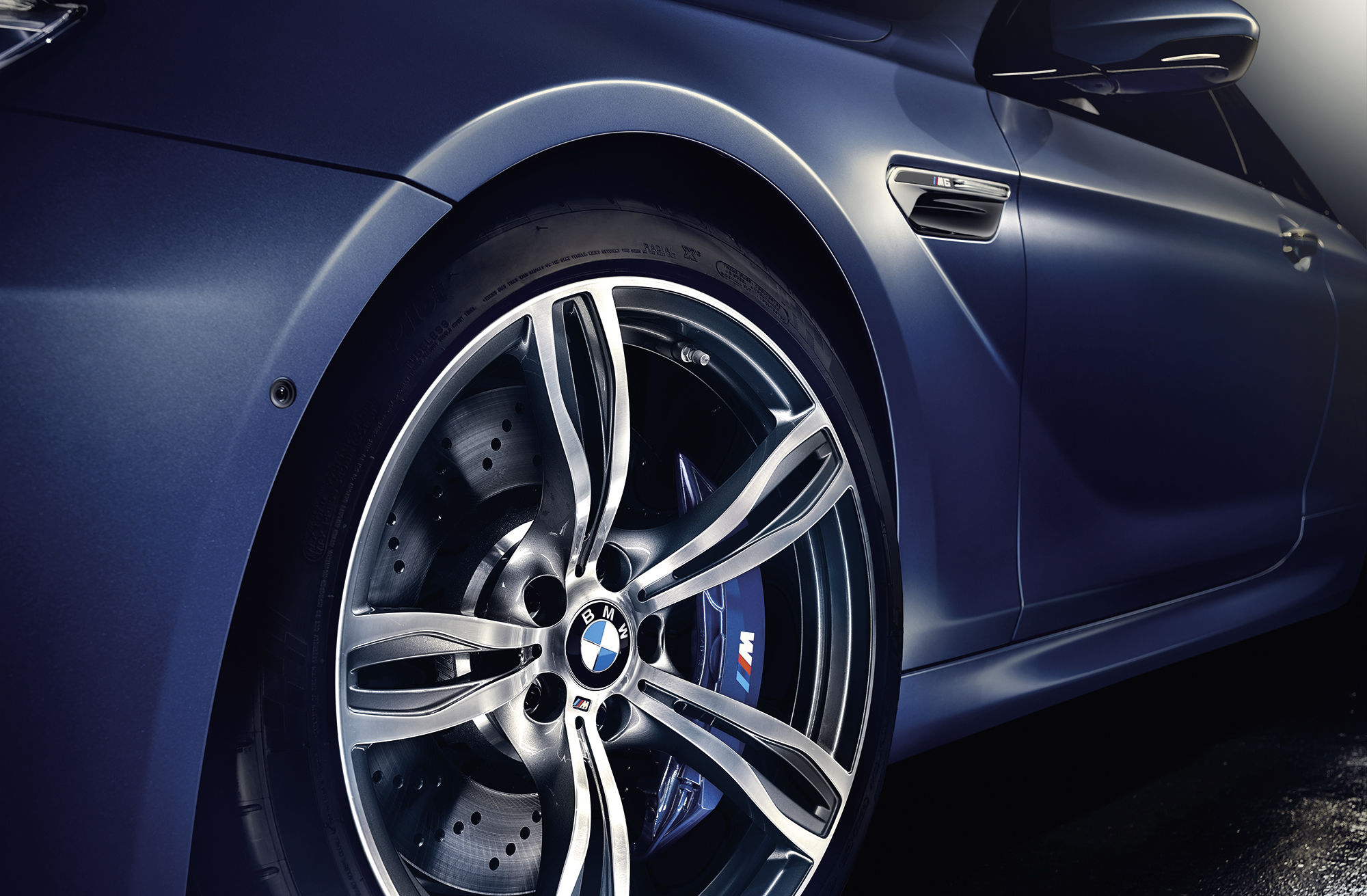 Joe Hoelzl for BMW M6 Gran Coupé, Coupé & Cabrio