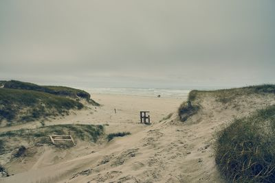 THE BEACH BY ENDRE DULIC