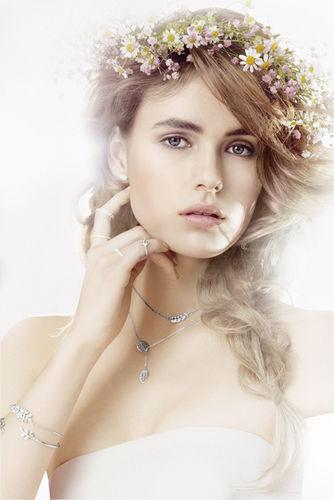 HILLE PHOTOGRAPHERS: Nicole Neumann for Bijou Brigitte - Silver Moments