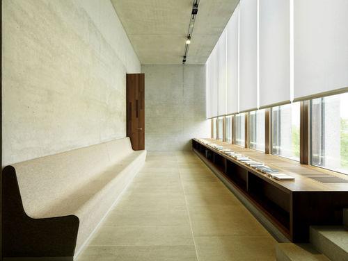 THE VISUAL ART HOUSE : Oliver HEINEMANN for LITERATURMUSEUM DER MODERNE