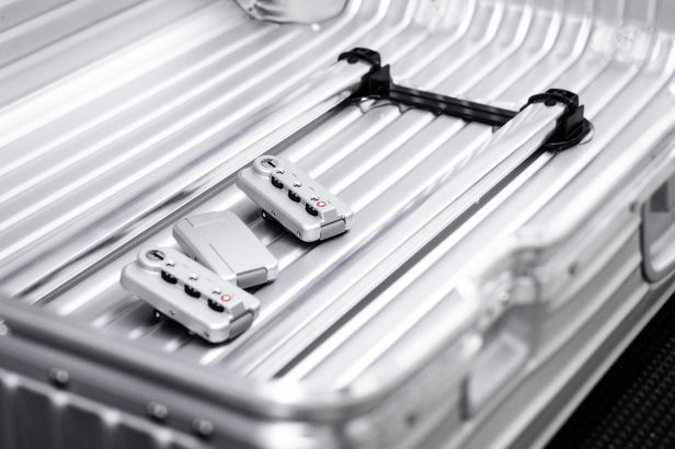 CHRISTA KLUBERT PHOTOGRAPHERS: TILLMANN FRANZEN VISITED RIMOWA FOR LUFTHANSA EXCLUSIVE