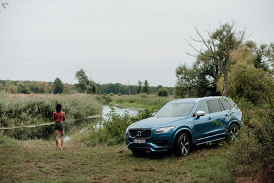 MAX THRELFALL Personal work CONTEMPLATION VOLVO XC 90