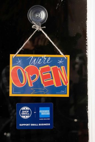 WE'RE OPEN / AMERICAN EXPRESS by Oli Frape c/o MAKING PICTURES