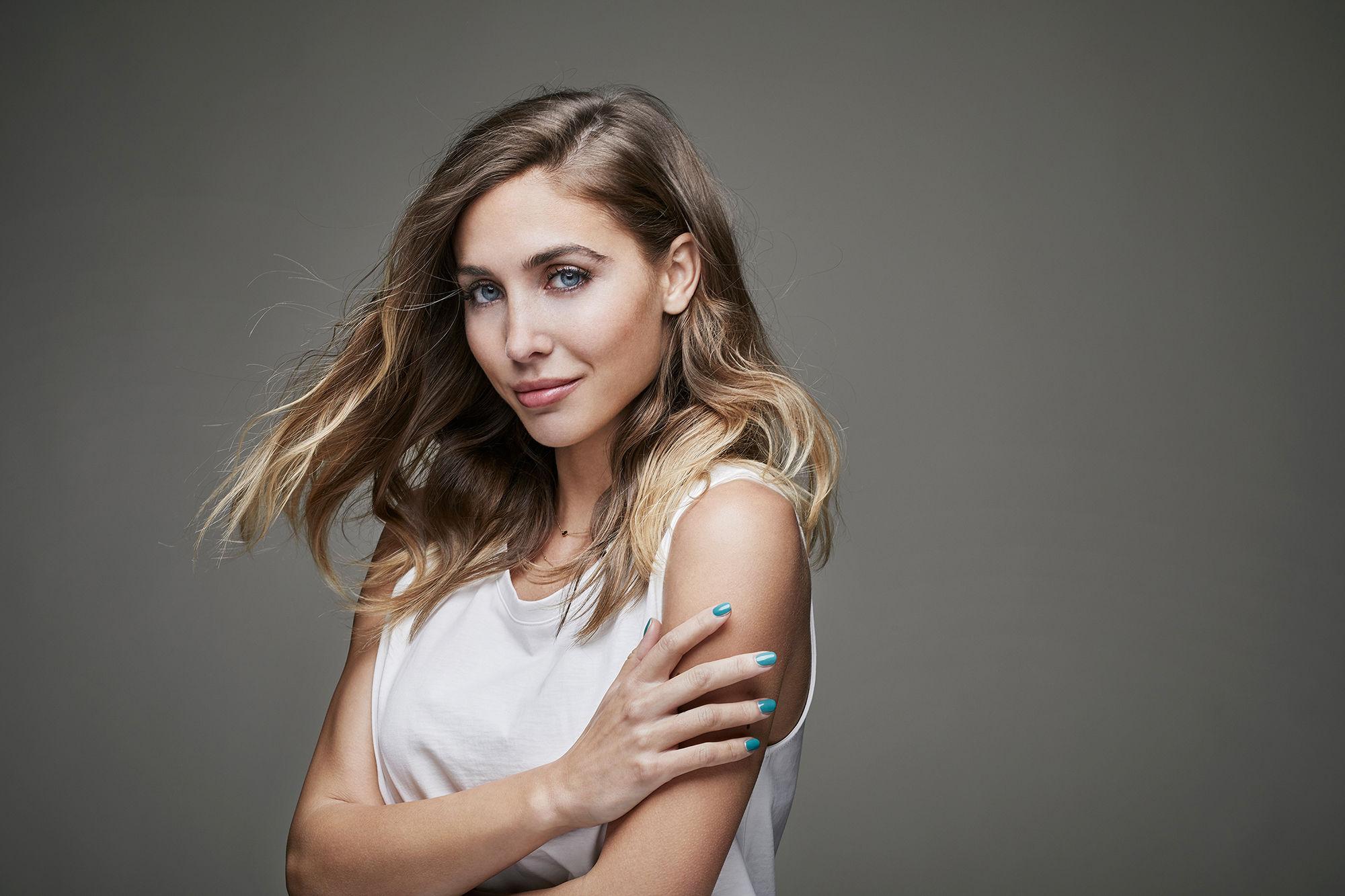 CHRISTA KLUBERT PHOTOGRAPHERS: DENIS IGNATOV FOR MEN´S AND WOMEN´S HEALTH