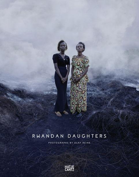Olaf Heine 'Rwandan Daughters' / Hatje Cantz