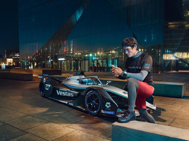 Mercedes-Benz EQ Formula E & Nyck de Vries