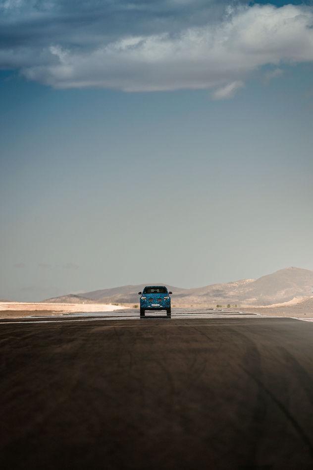 EMEIS DEUBEL: Tim Adler - Mercedes-Benz EQC