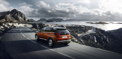 CREAM : NEW SUV PEUGEOT 3008 PRESS PHOTOS