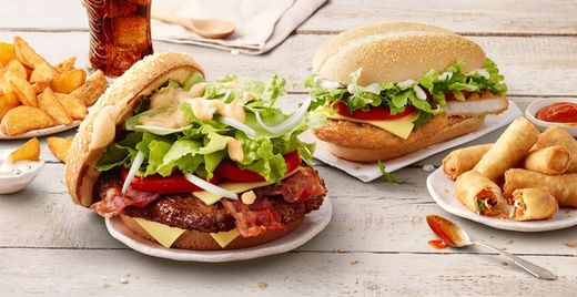 die big tasty kampagne fur mcdonalds von krzysztof kozanowski c o menu made in warschau zwei motive fur euch auf gosee