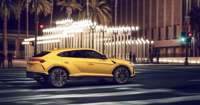 Lamborghini Urus '19 - CGI