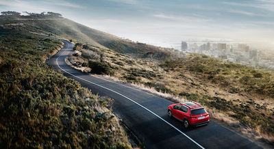 CREAM / NEW PEUGEOT 2008 PRESS PHOTOS