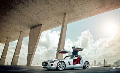 DANIEL HARTZ for MERCEDES SLS