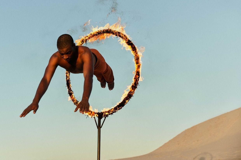 'In Flight' by Tom van Schelven c/o MAKING PICTURES