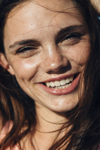 EMEIS DEUBEL: EMILY WINIKER CAPE TOWN LIFESTYLE BEAUTY TEST