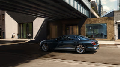 THE NEW BENTLEY FLYING SPUR PHOTOGRAPHED IN NEW YORK CITY by MARC TRAUTMANN