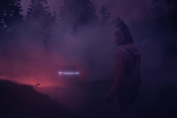 UPFRONT PHOTO & FILM GMBH: Frederic Schlosser for Mercedes-Benz x Riot Games