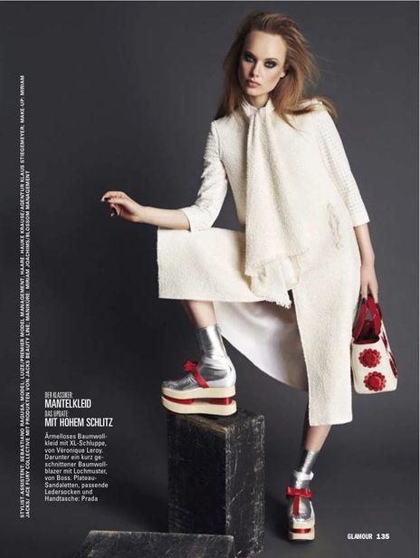 BLOSSOM MANAGEMENT: Miriam JOCHIMS (make-up & manicure) for Glamour