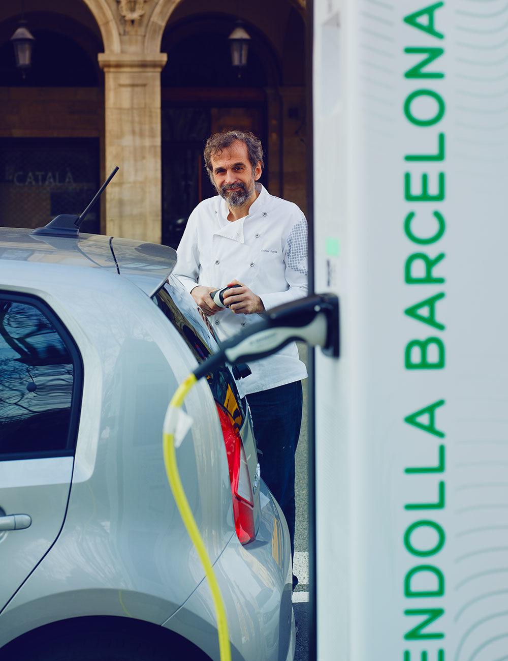 Electric Magazine - Daniel Jordá and his Seat Mii Electric in Barcelona