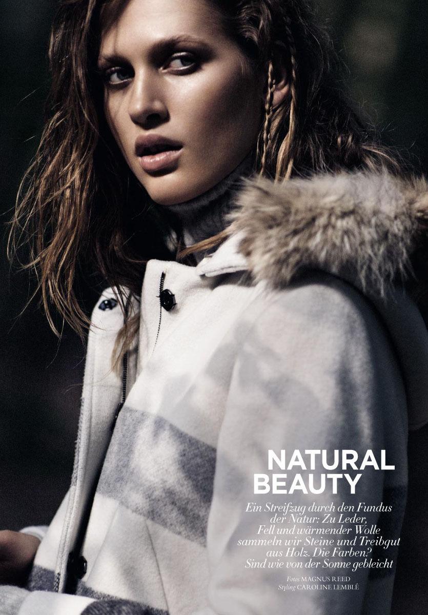 BALLSAAL : Denise GRUNDMANN (Make-up) for HARPER'S BAZAAR Germany