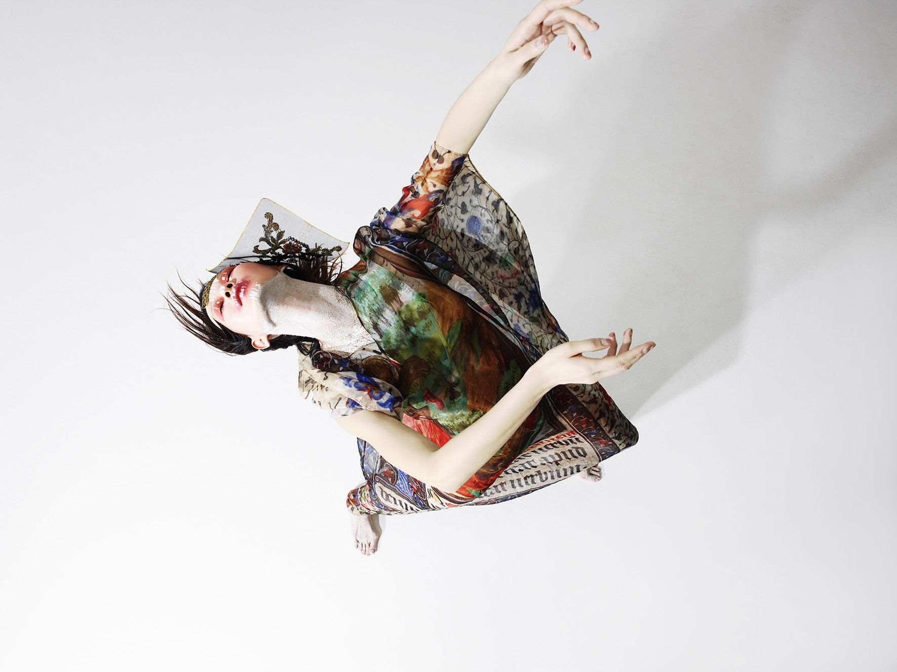 RANKIN for KING KONG Magazine - Performance issue 7