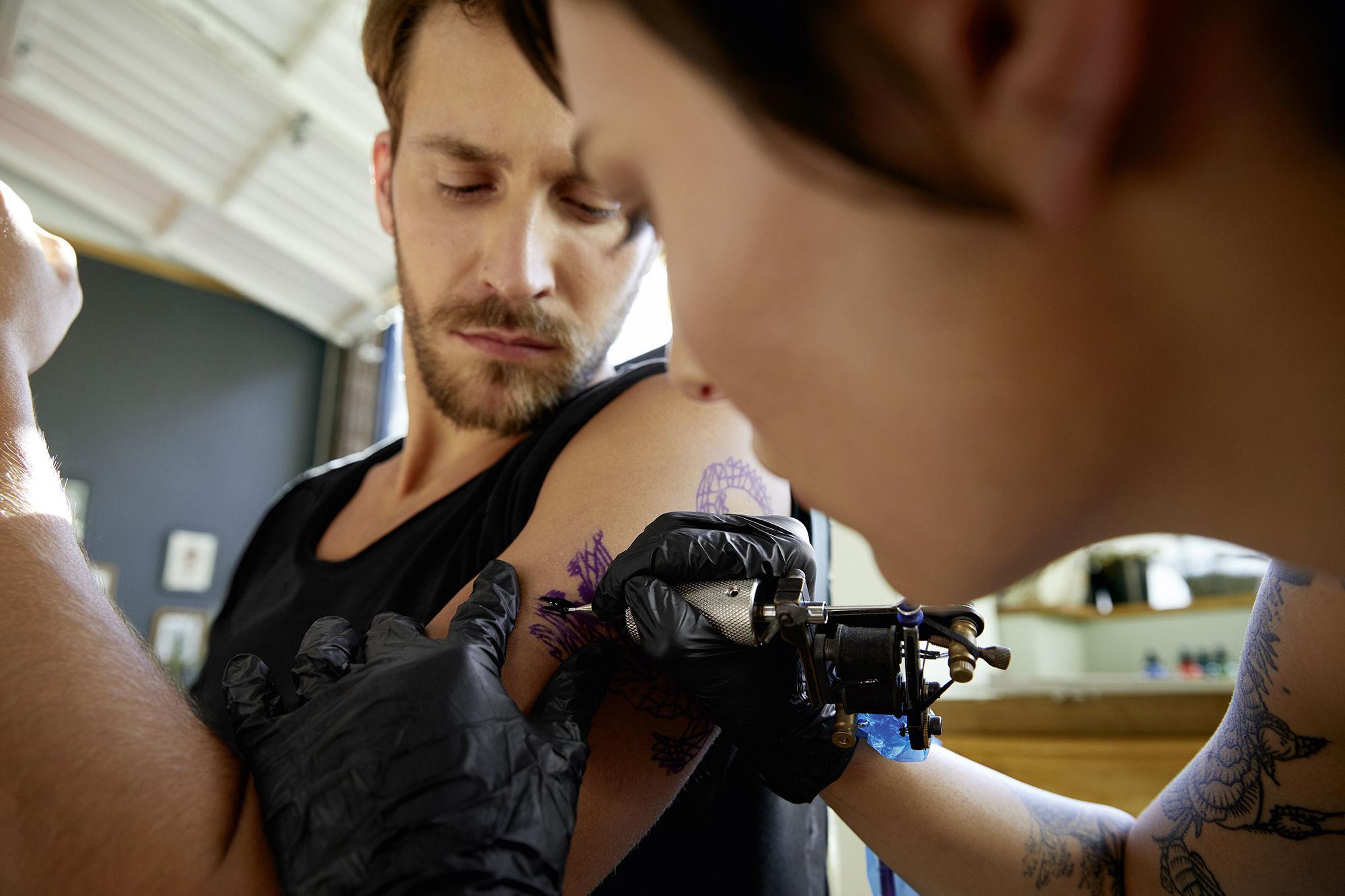 CHRISTA KLUBERT PHOTOGRAPHERS: DAVID MAURER FOR PORSCHE MACAN TURBO