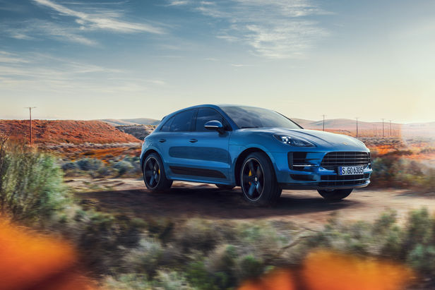 "SEVERIN WENDELER: TRANSPORTATION SPECIAL ""Porsche Macan"" Photo & CGI Project by Lisa Linke c/o Severin Wendeler collaboration with Curve Digital"