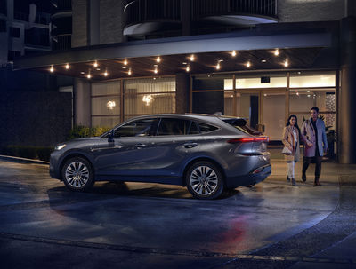 The NEW TOYOTA VENZA BY HOLGER WILD
