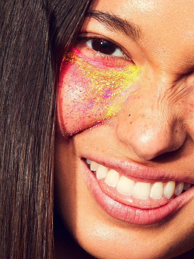 Rainbow Faces by Tom van Schelven c/o MAKING PICTURES