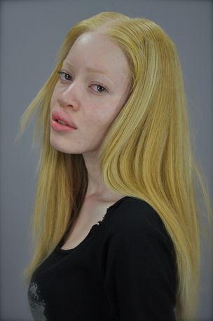 CASTING COMPANY : Diandra Forrest