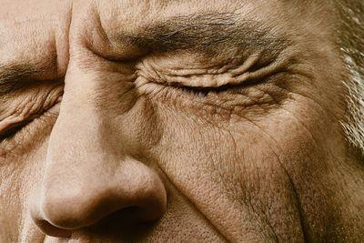 "UPFRONT: ""Skin"" by Murat Aslan"