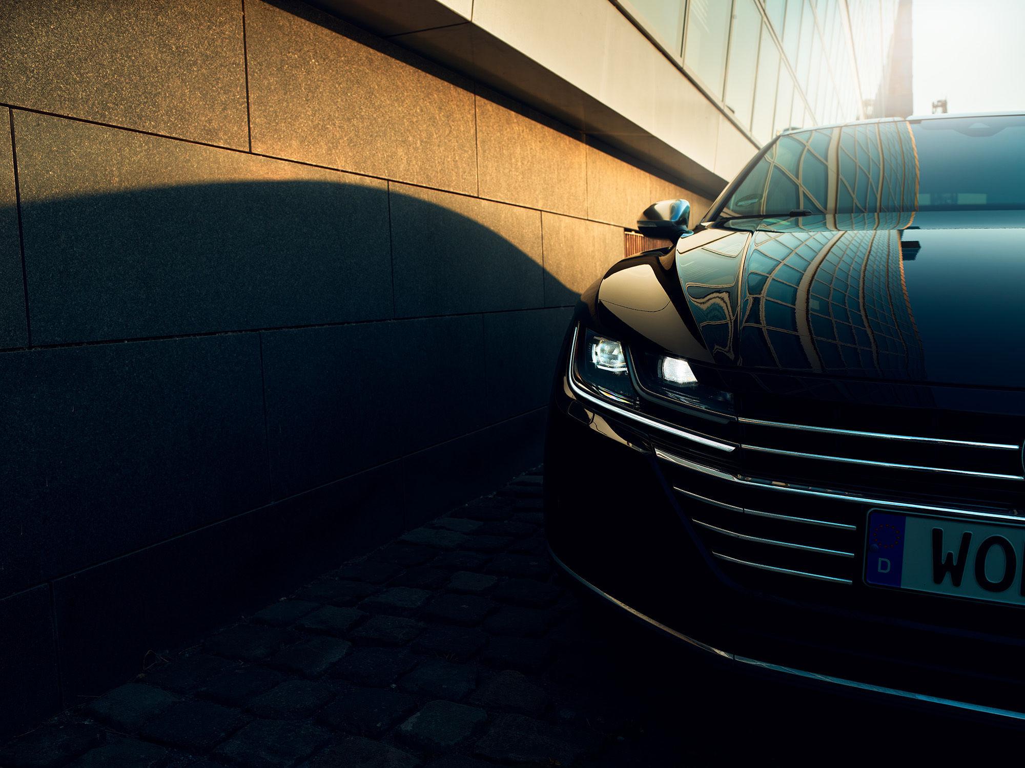 THOMAS SCHORN - VW ARTEON / REPRESENTED BY BANRAP / CLIENT - VOLKSWAGEN DEUTSCHLAND / AGENCY - GRABARZ & PARTNER